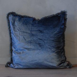 Putetrekk royal blue med frynser Mille Moi