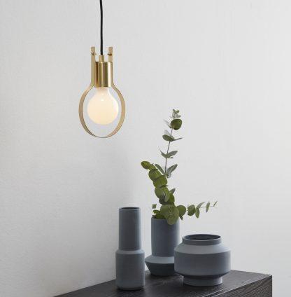 Lampe bordlampe messing Hübsch