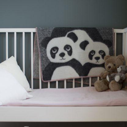 Family barneteppe ull Design Lina Johansson