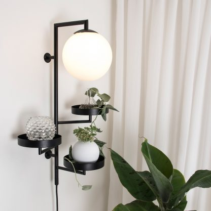 Astoria vegglampe sort Globen Lighting