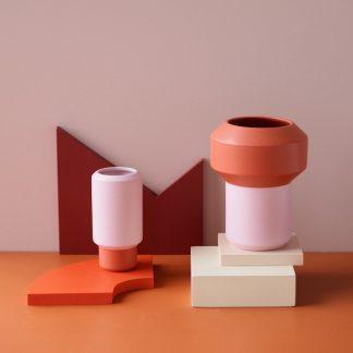 Fumario vase oransje rosa Lucie Kaas