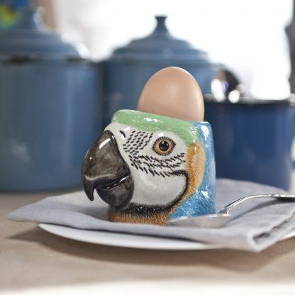 Papegøye macaw Barney eggeglass Quail Ceramics